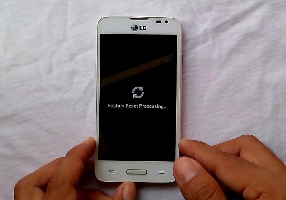 reiniciar el celular LG optimus L65, L70 y L80